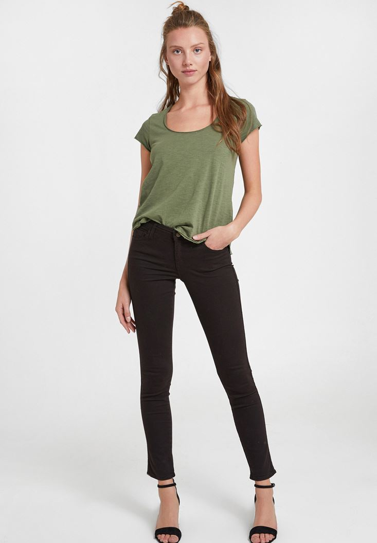 Black Mid Rise Skinny Trousers
