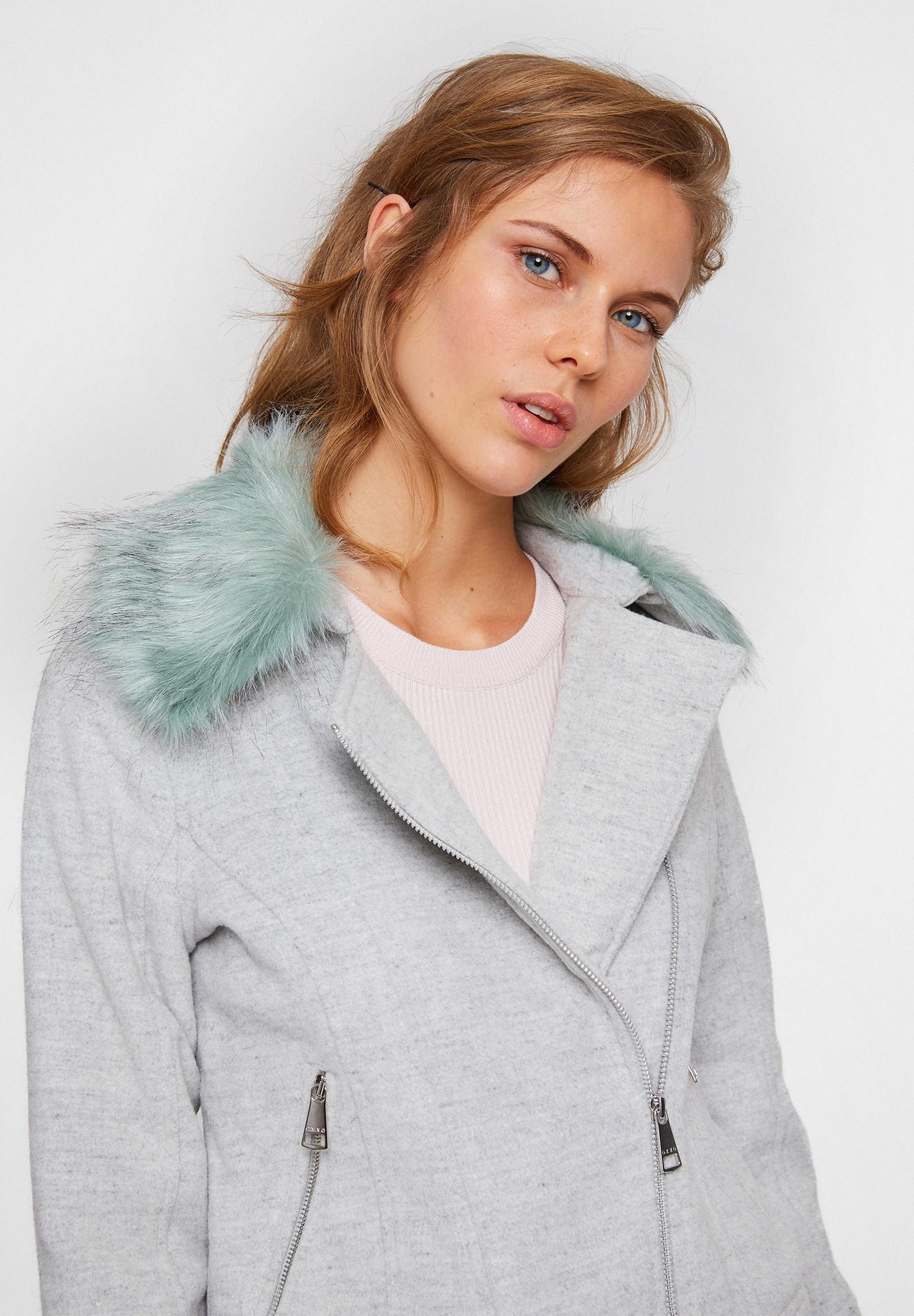 Bayan Gri Tüy Yakalı Yün Karışımlı Ceket