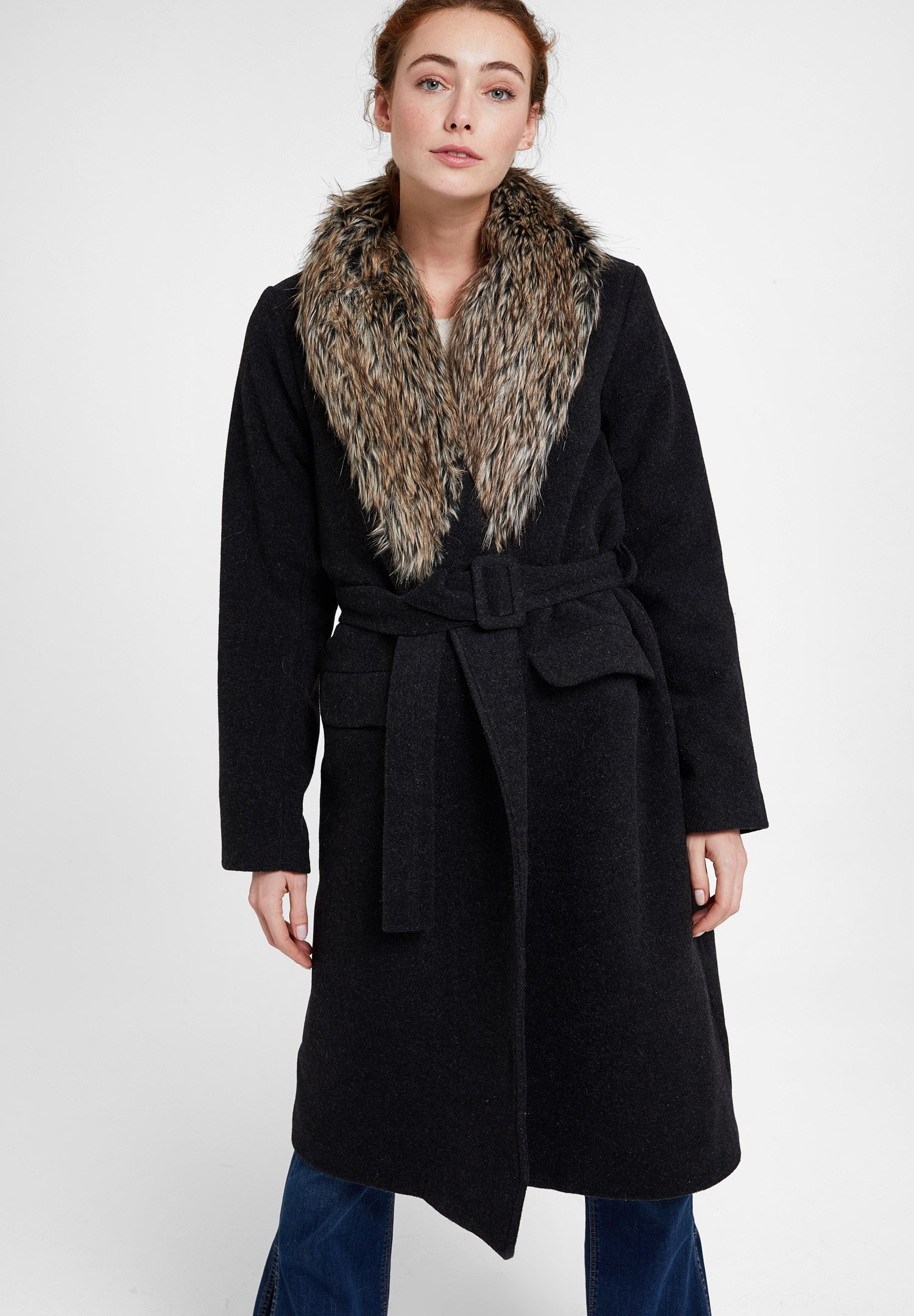Women Black Coat with Fur Neck and Belt Detail