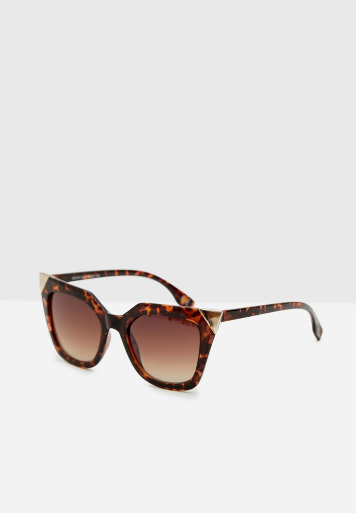 Mixed Sunglasses with Metallic Details