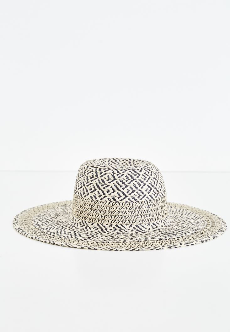 Mixed Straw Hat with Mix Pattern Details