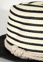 Bayan Siyah Şerit Detaylı Şapka