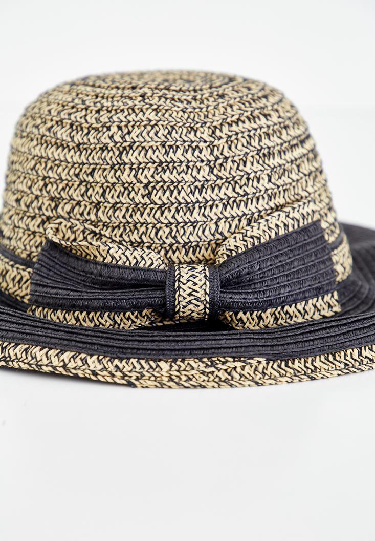 Siyah Bağlama Detaylı Hasır Şapka