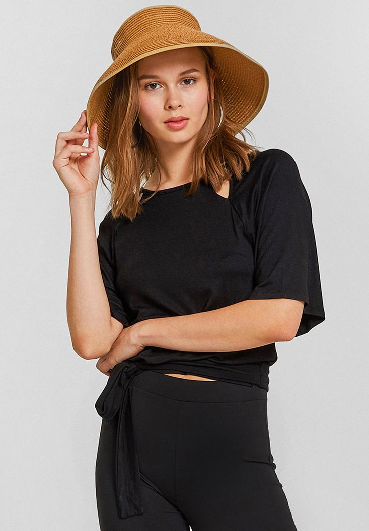 Arkası Fiyonk Detaylı Hasır Şapka