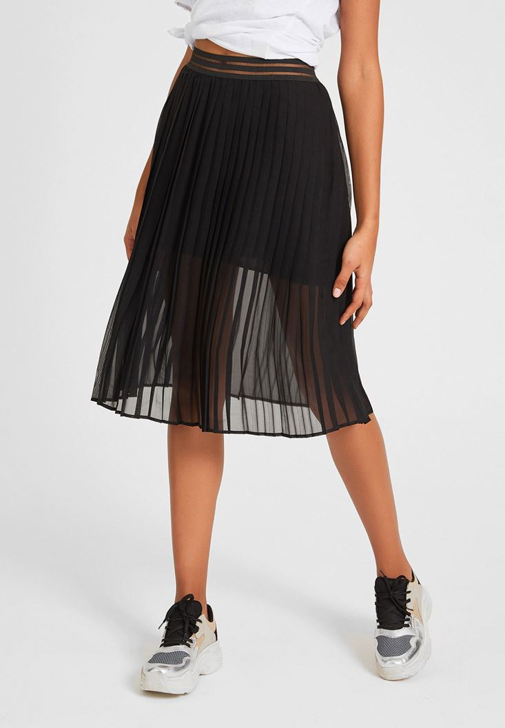 Black Pleated Skirt with Waistband Detail