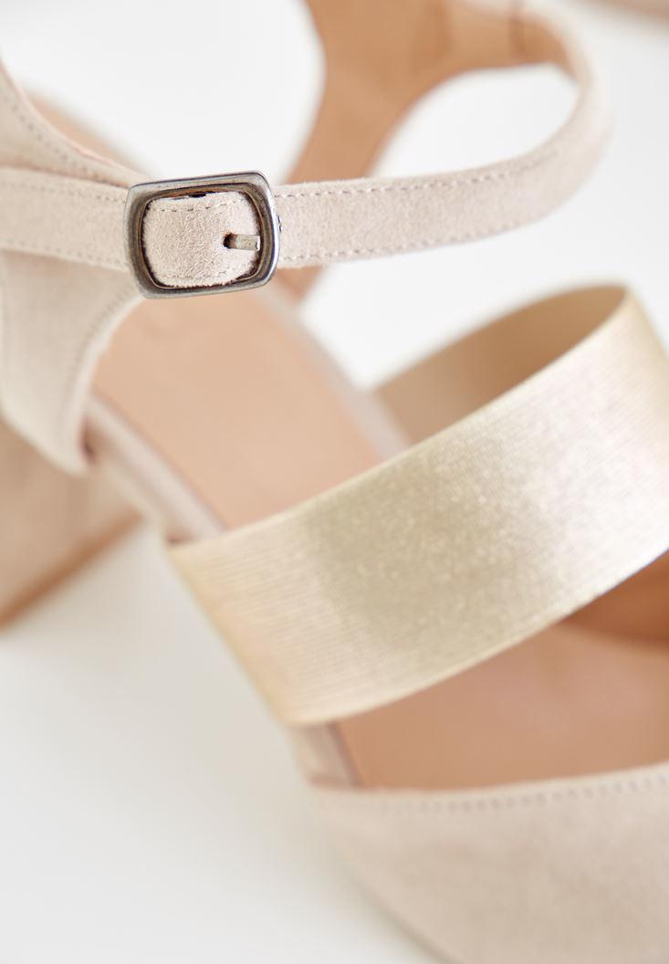 Bayan Krem Parlak Detaylı Topuklu Ayakkabı
