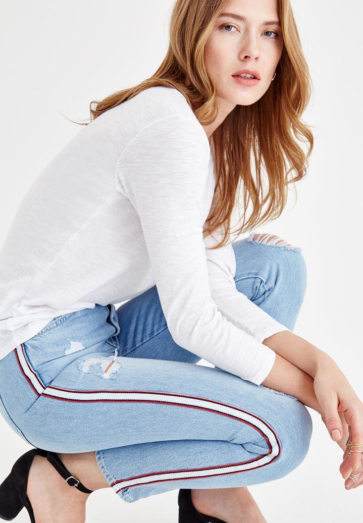 Mavi Yanları Şerit Detaylı Jean