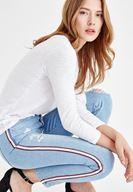 Bayan Mavi Yanları Şerit Detaylı Jean