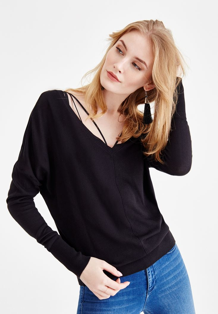 Black Long Sleeve Knitwear with Neck Details