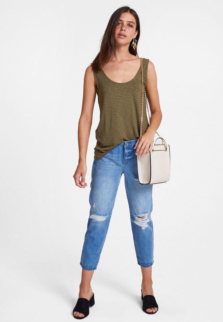 Yeşil Askılı Bluz ve Jean Kombini