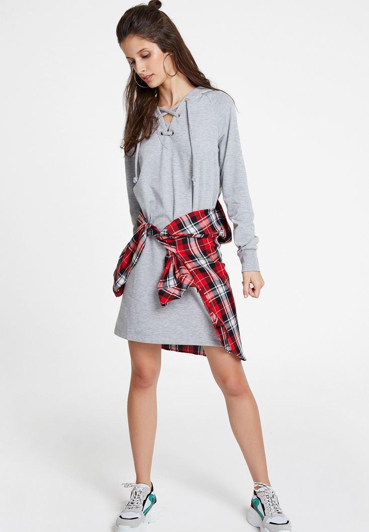 Gri İp Detaylı Kapüşonlu Elbise