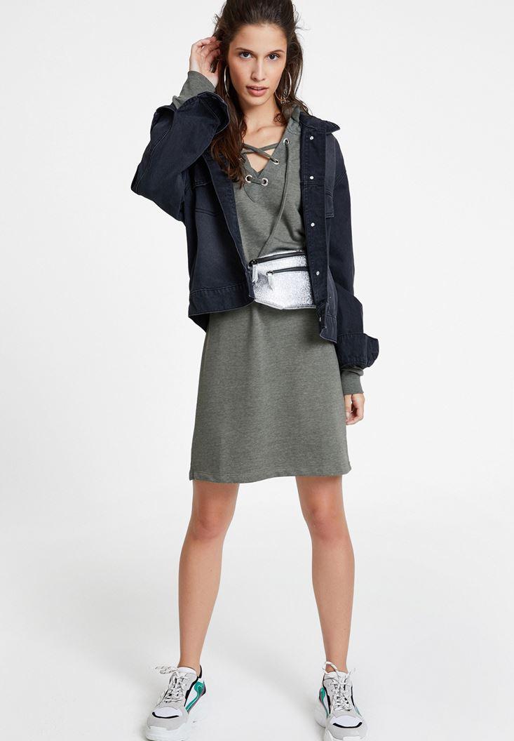 İp Detaylı Kapüşonlu Elbise