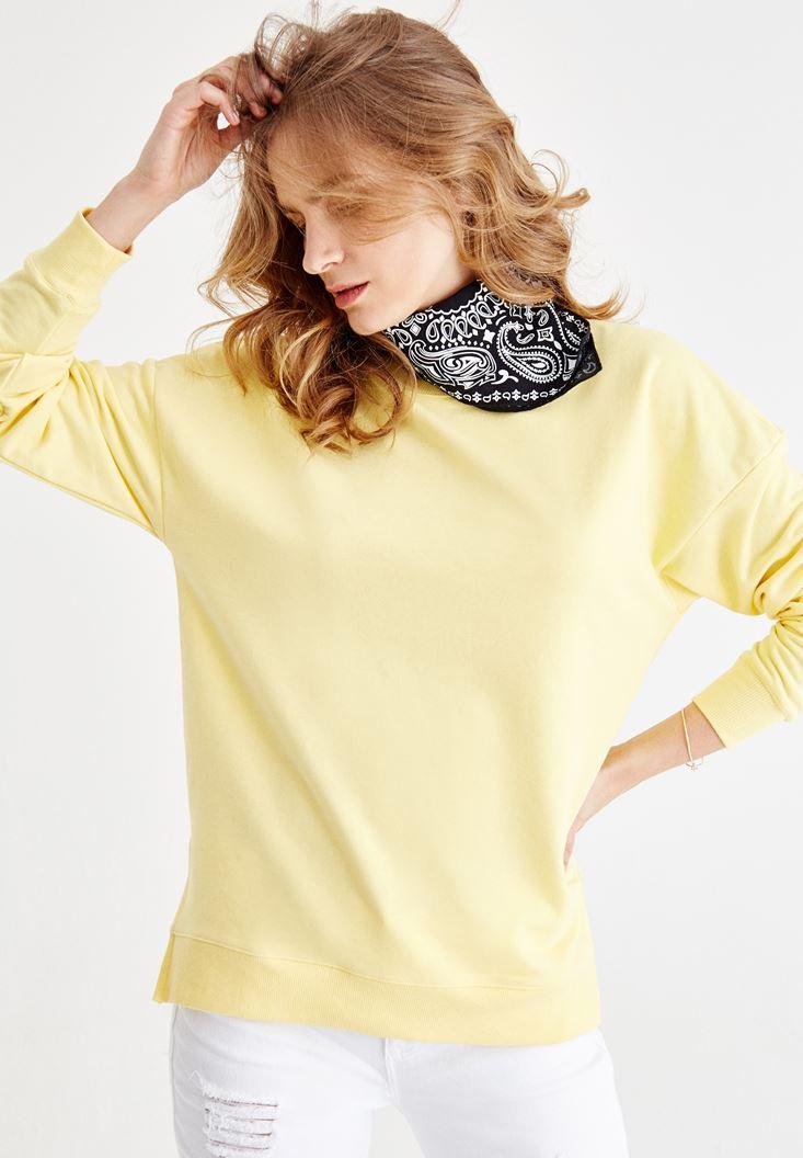 Sarı Yanları Yırtmaç Detaylı Sweatshirt