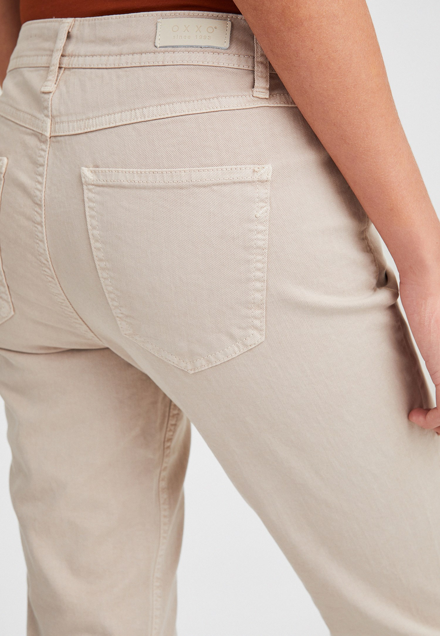 Women Cream Low Rise Slim Boyfriend Pants