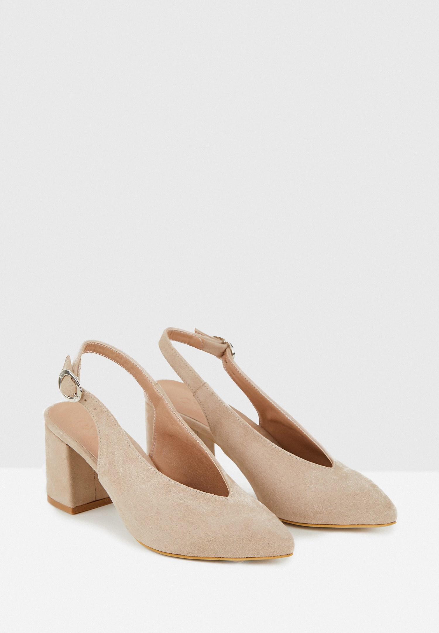Bayan Gri Kalın Topuklu Sivri Burun Ayakkabı