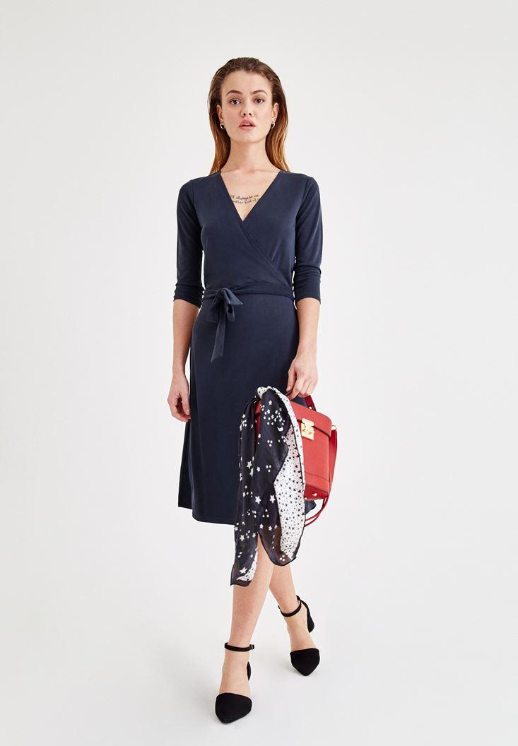 Siyah Yumuşak Dokulu Beli Bağlamalı Elbise