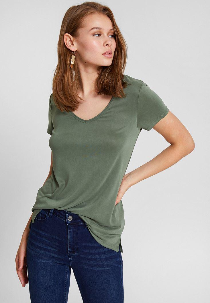 Yeşil Yumuşak Dokulu V Yaka Basic Tişört