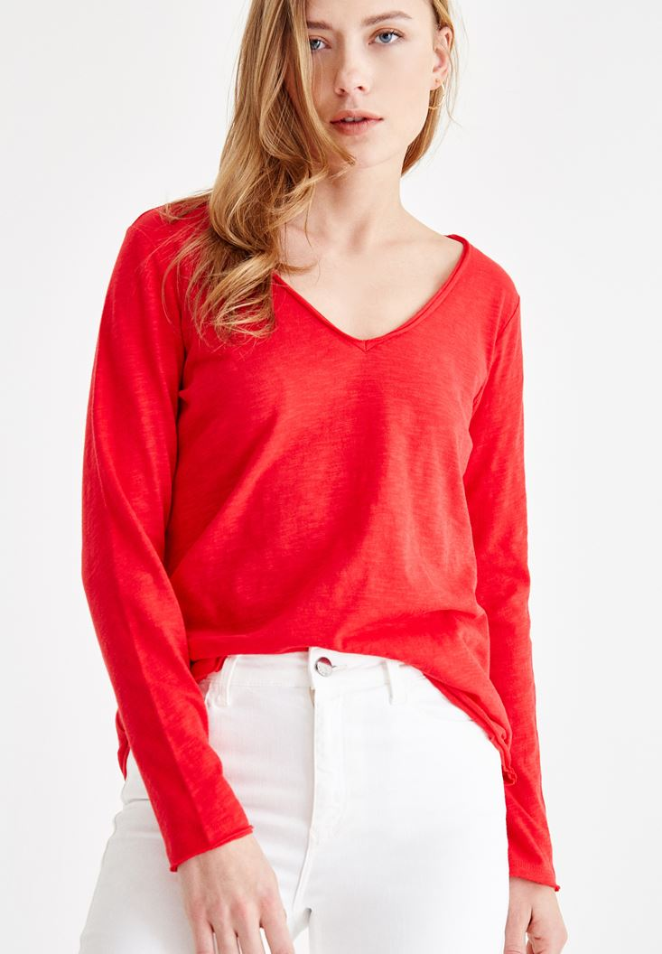 Red Long Sleeve Cotton T-shirt with V Neck Details