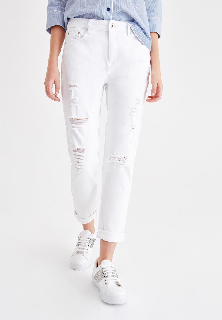 Women White Girlfriend Jean with Leg Details