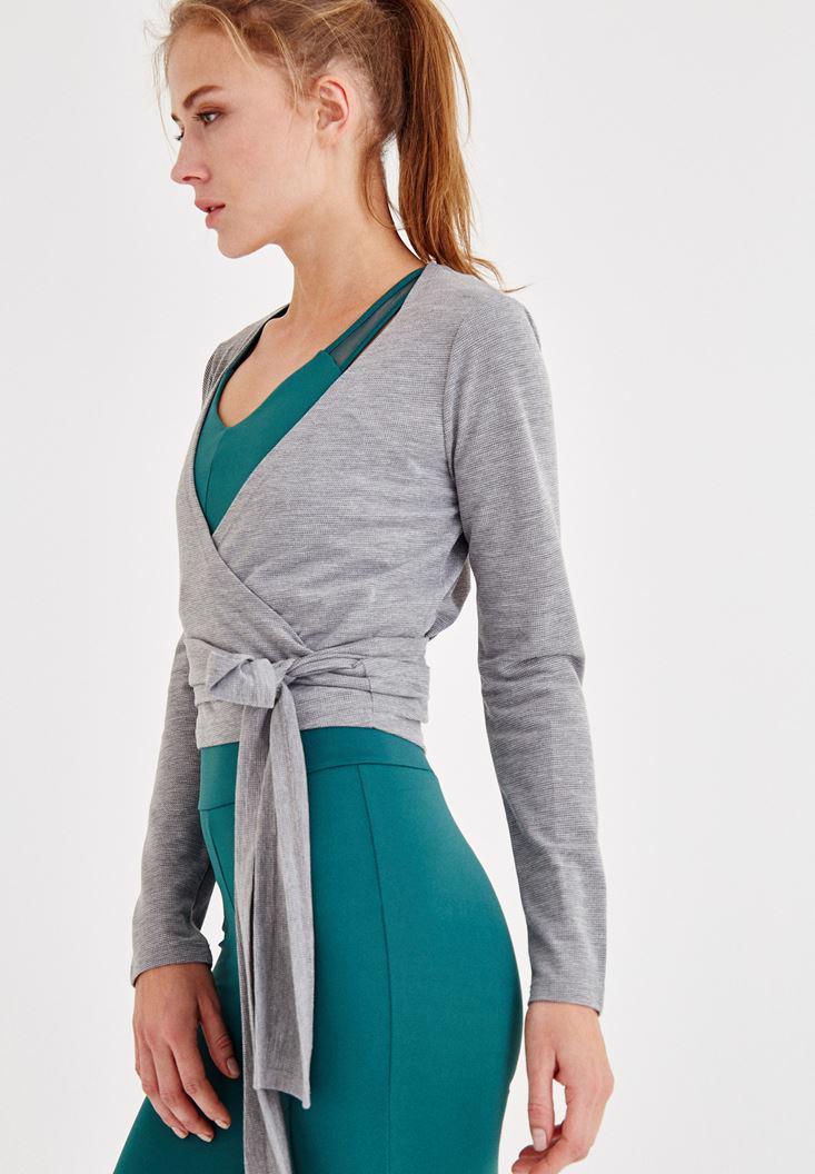 Bayan Gri Bağlama Detaylı Kruvaze Bluz