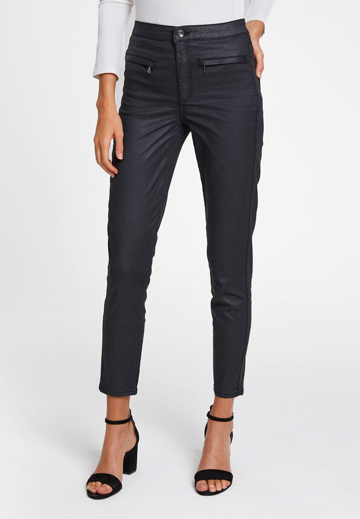 Black Skinny Jeans with Zipper Details