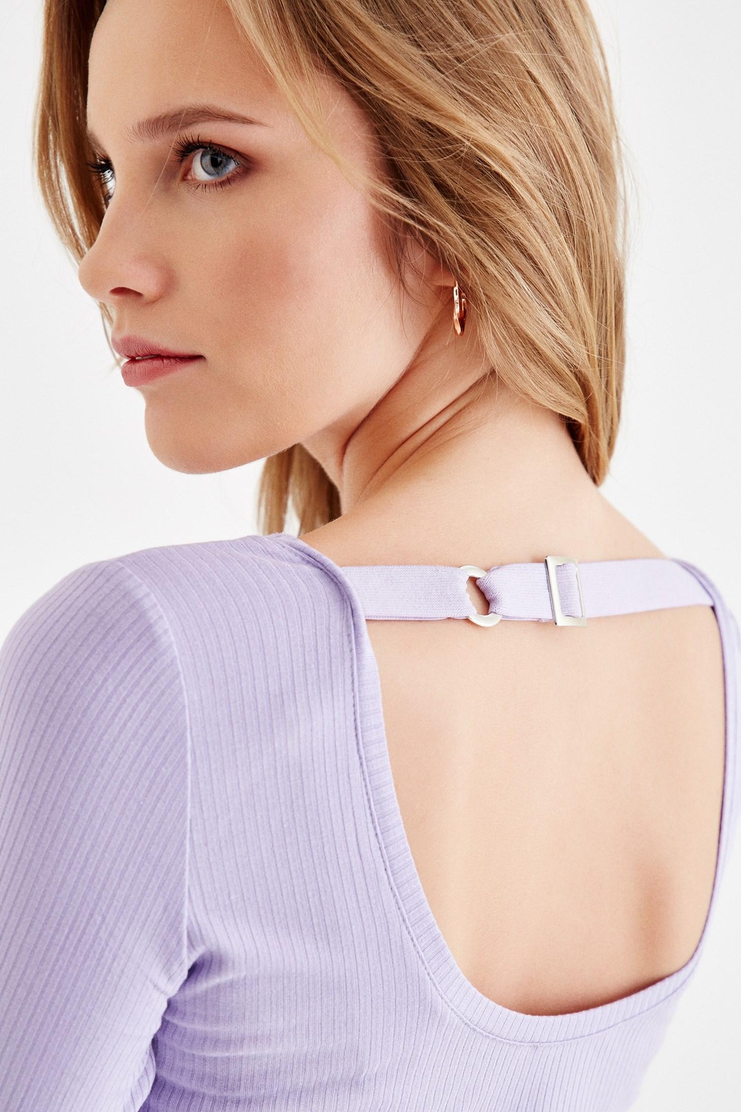 Bayan Mor Sırt Detaylı Uzun Kollu Tişört