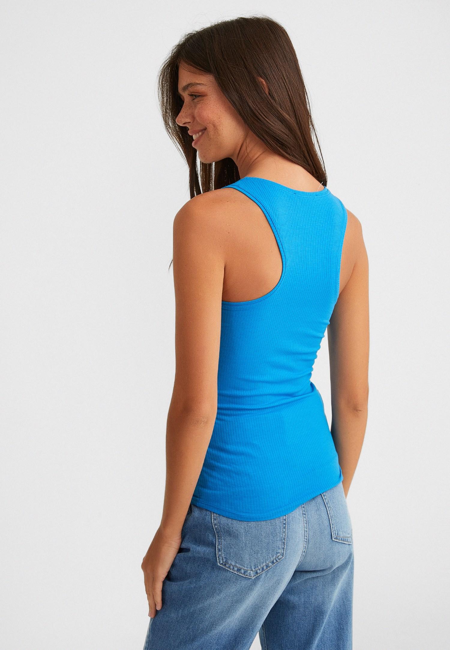 Bayan Mavi U Yaka Kalın Askılı Bluz