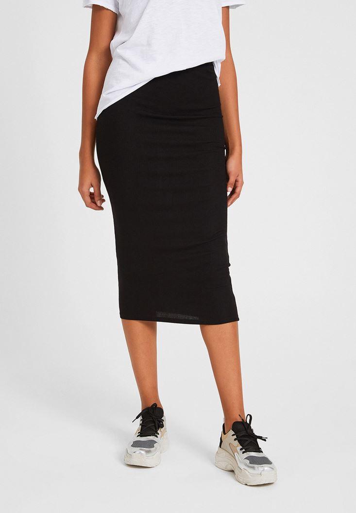 Black Knee-Bottom Narrow Skirt
