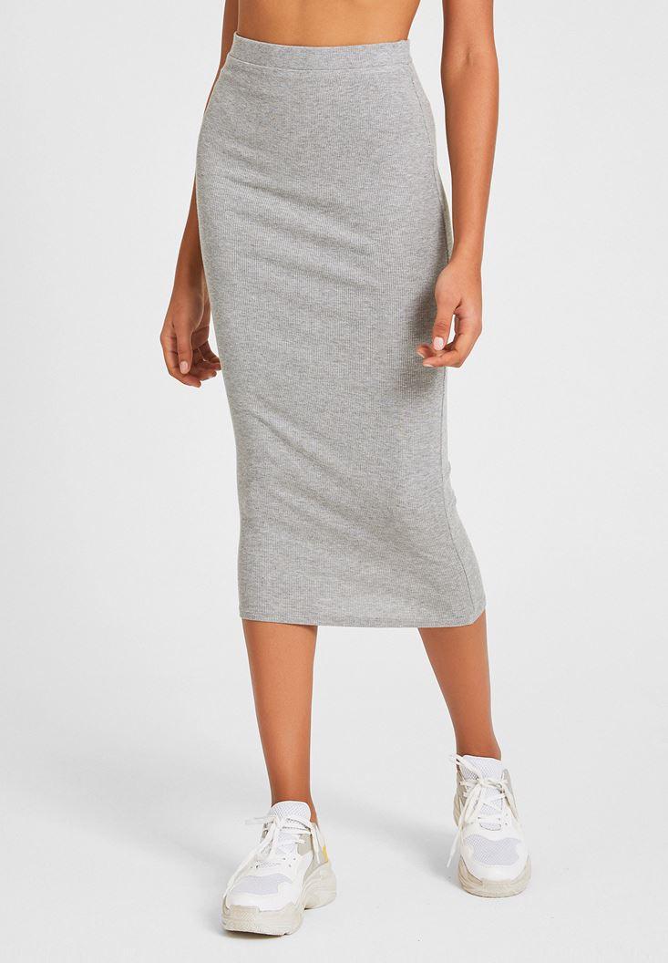 Grey Knee-Bottom Narrow Skirt