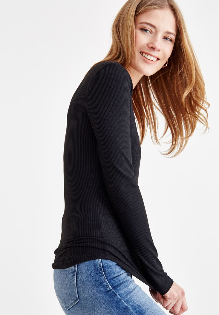 Black Long Sleeve T-shirt with Details