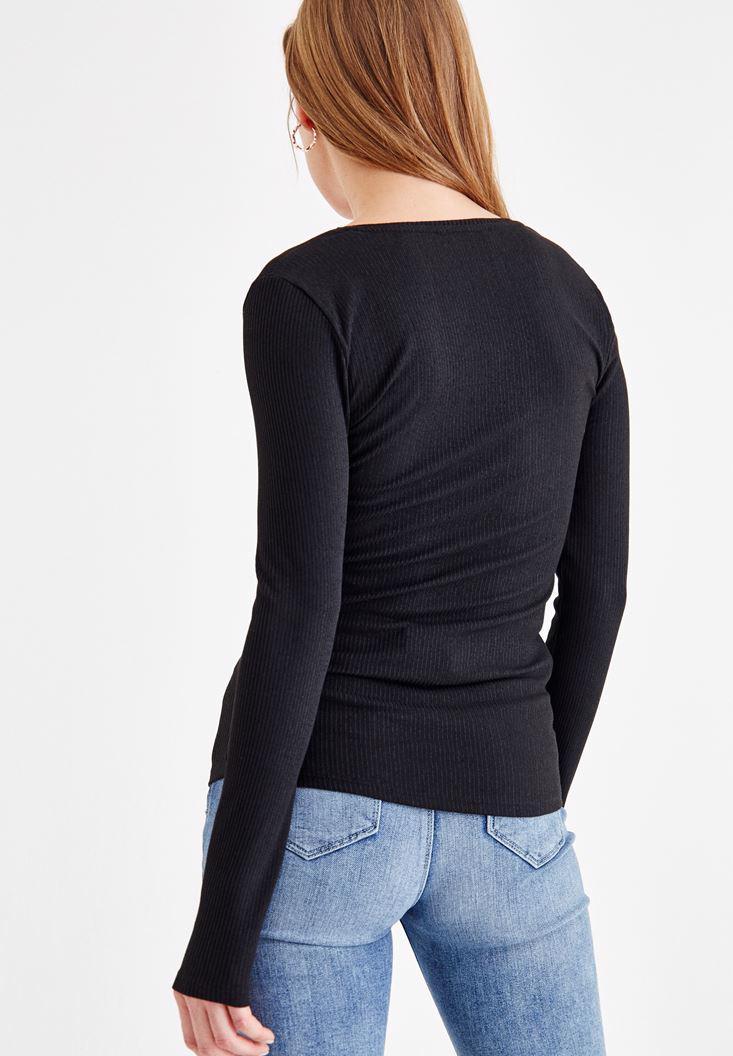 Bayan Siyah Kare Yaka Uzun Kollu Tişört