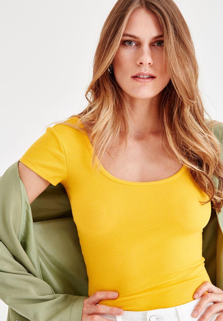 Sarı U Yaka Pamuk Tişört
