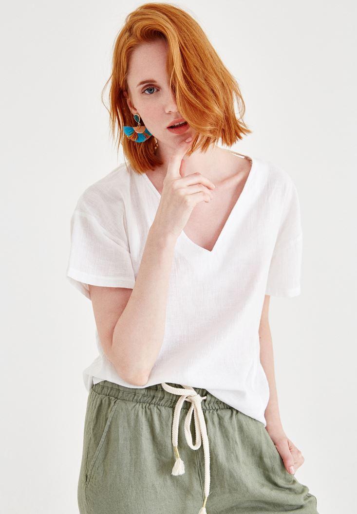 Beyaz Sırt Detaylı Keten Bluz