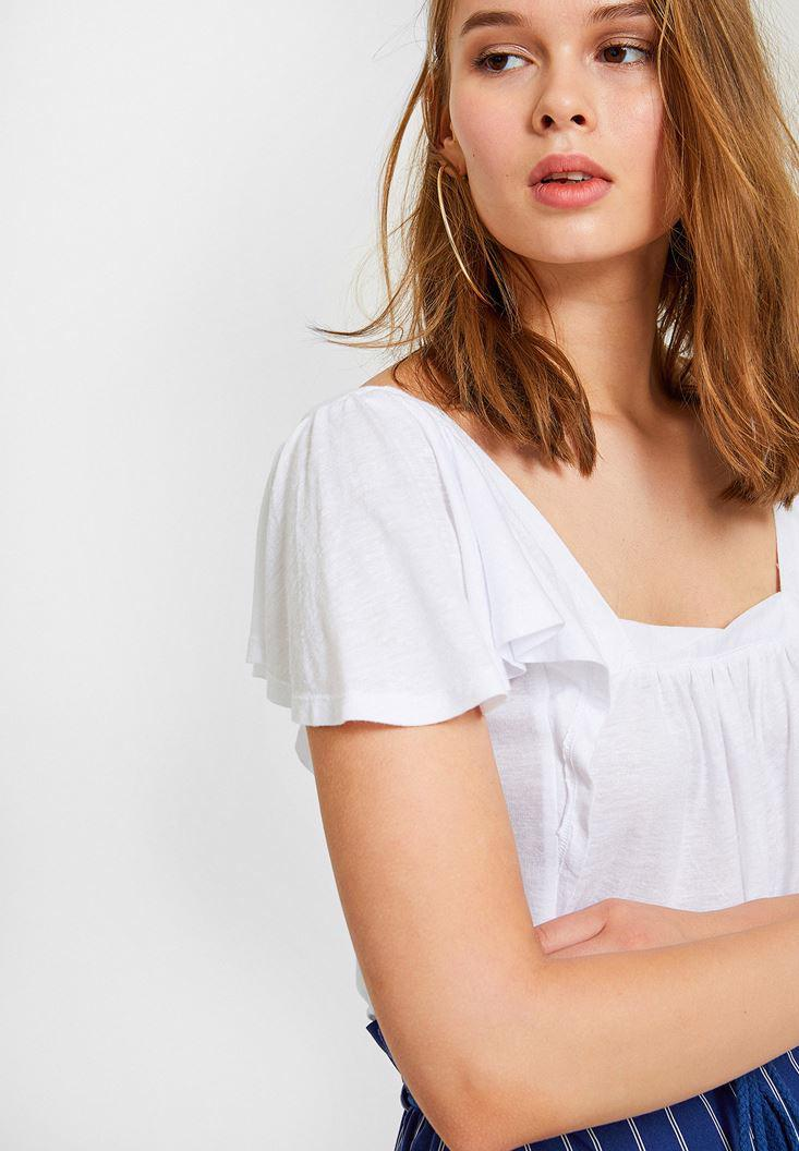 Women White Blouse with Gathering