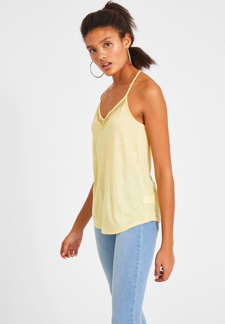Sarı Dantel Detaylı Keten Bluz