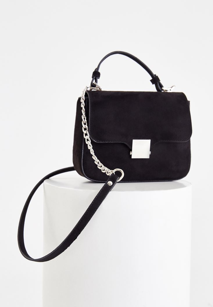 Black Buckle Detailed Shoulder Bag