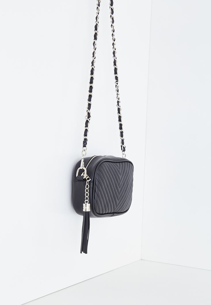 Tasseled Detail Shoulder Bag