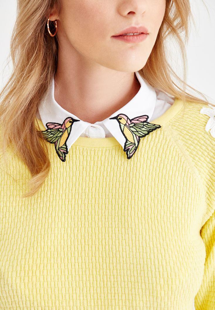 Kuş Nakışlı Gömlek Yakası