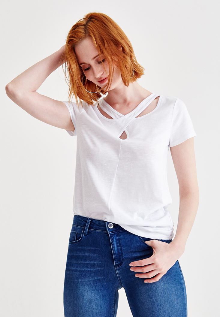 White Short Sleeve T-Shirt with Neck Details