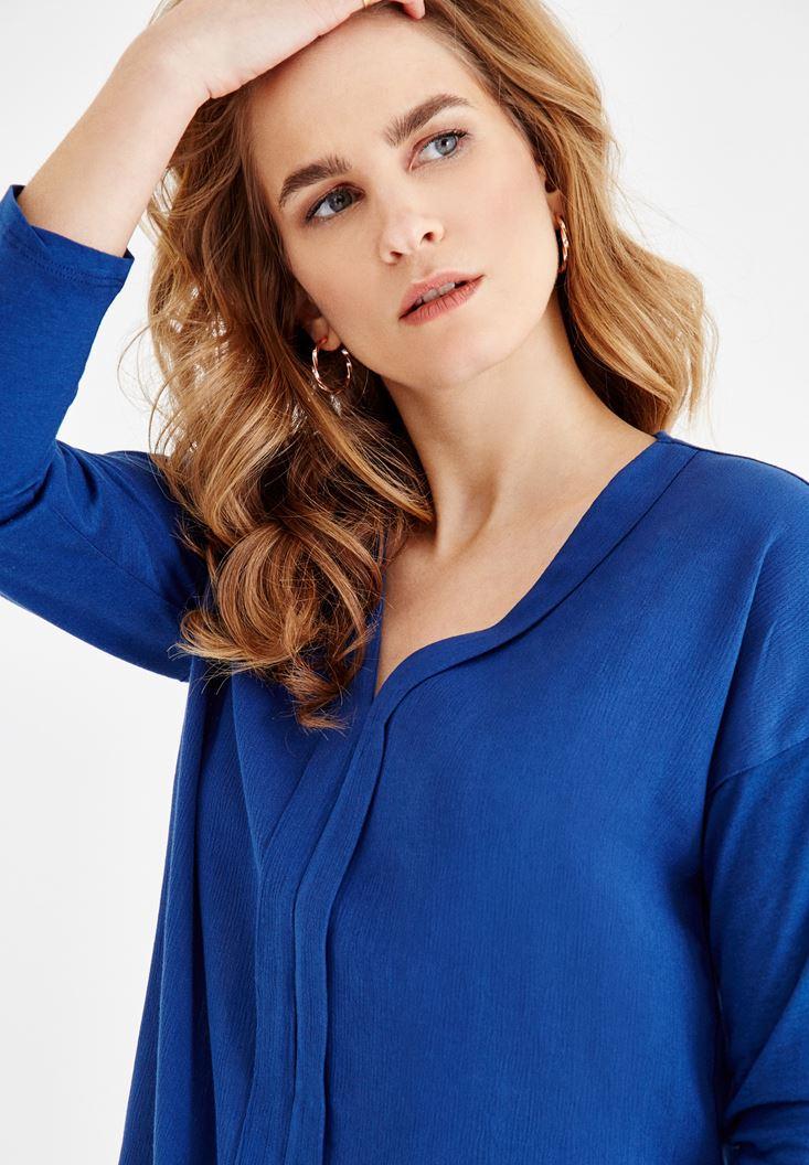 Lacivert V Yaka Detaylı Bluz