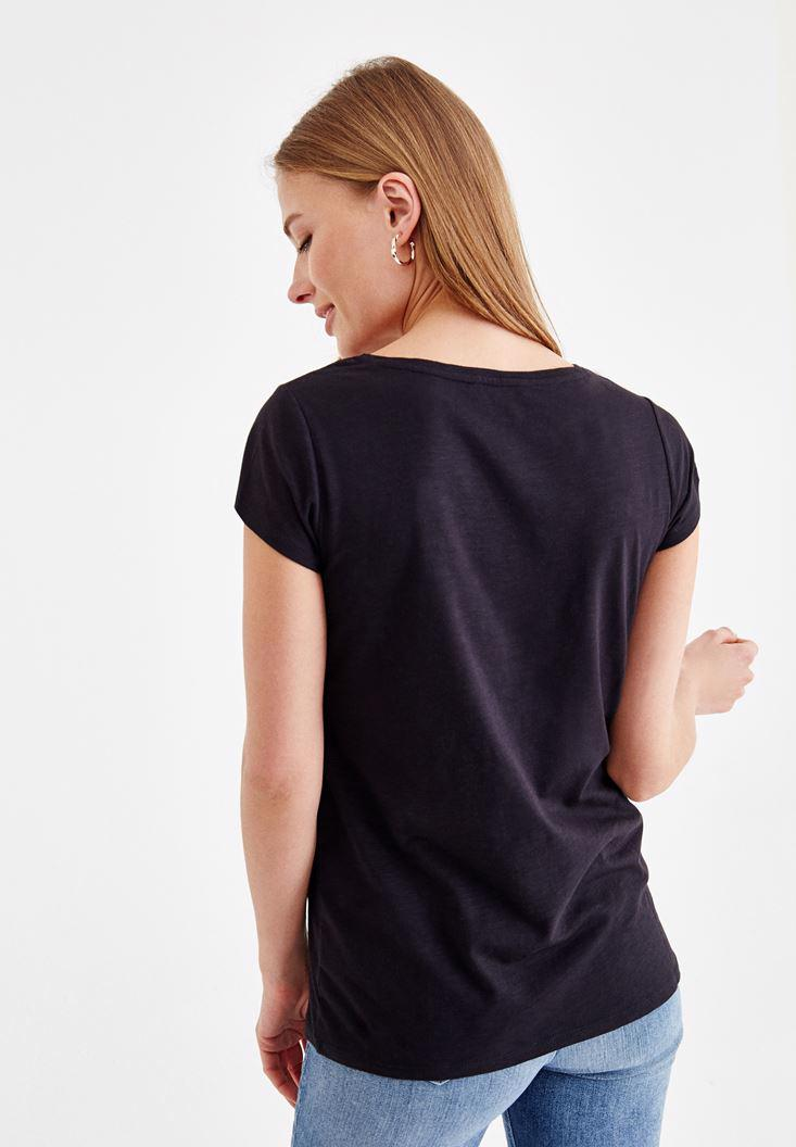 Bayan Siyah Sıfır Yaka Basic Tişört