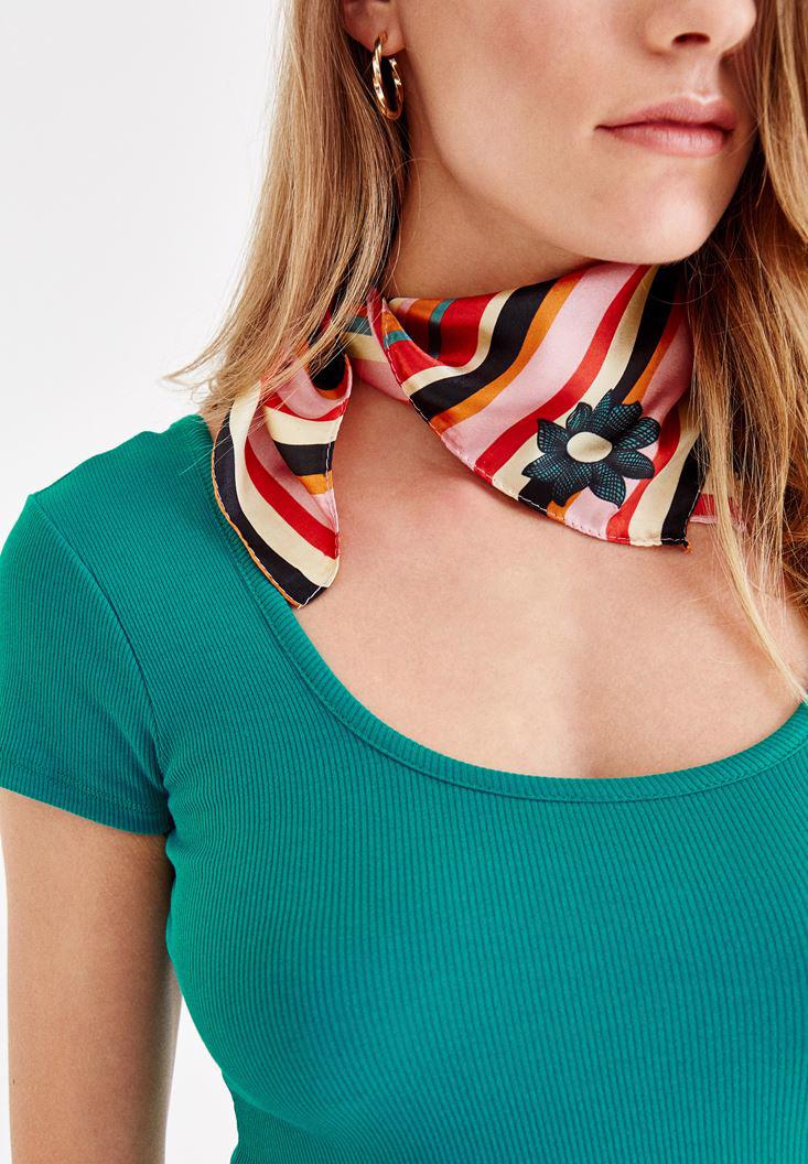 Women Mixed Scarf with Stripe Details2
