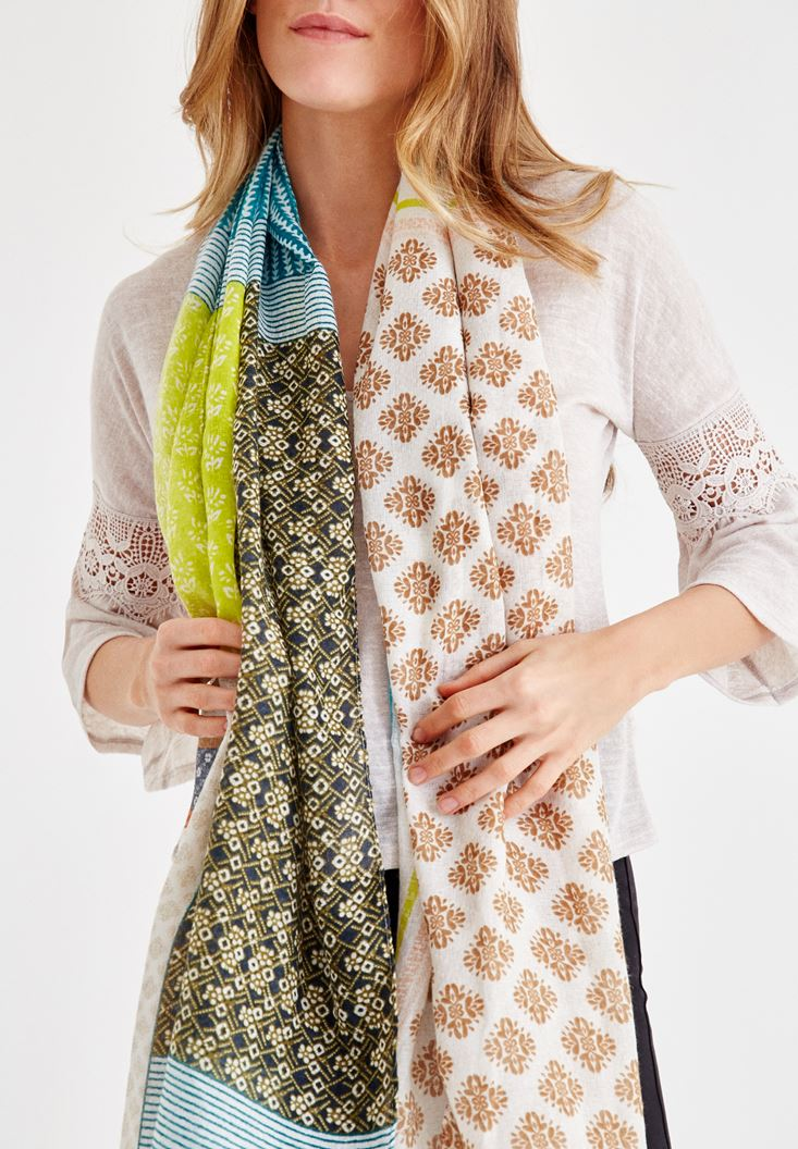 Mixed Shawl with Pattern Details