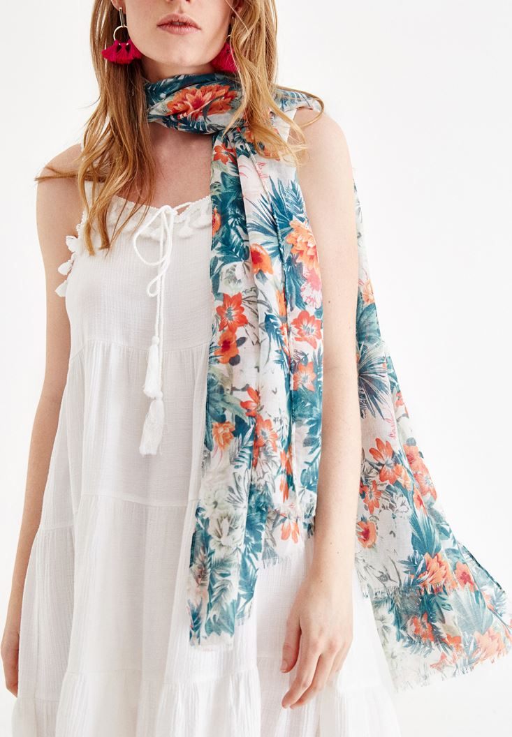 Mixed Scarf with Flower Pattern and Tassel Details