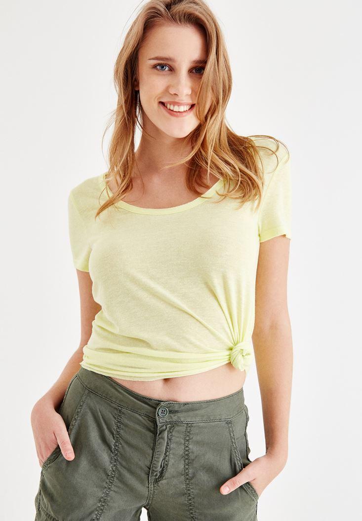 Sarı Sırt Detaylı Kısa Kollu Tişört