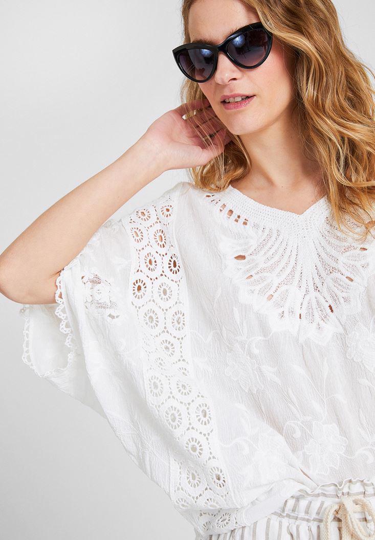 Bayan Beyaz V Yaka Dantel Bluz