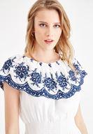 Bayan Beyaz Yaka Detaylı Beli Lastikli Elbise