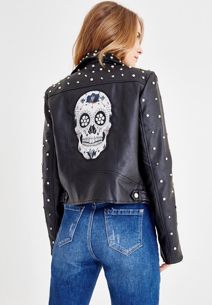Siyah Sırt Detaylı Zımbalı Ceket