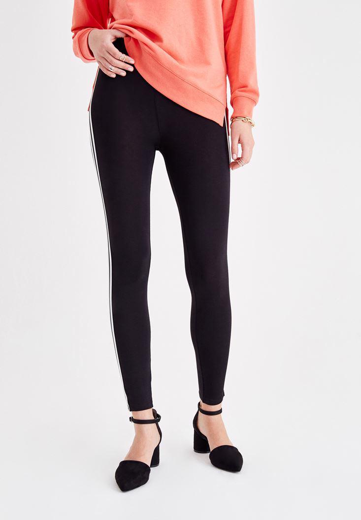 Women Black Leggings with Stripe Detail