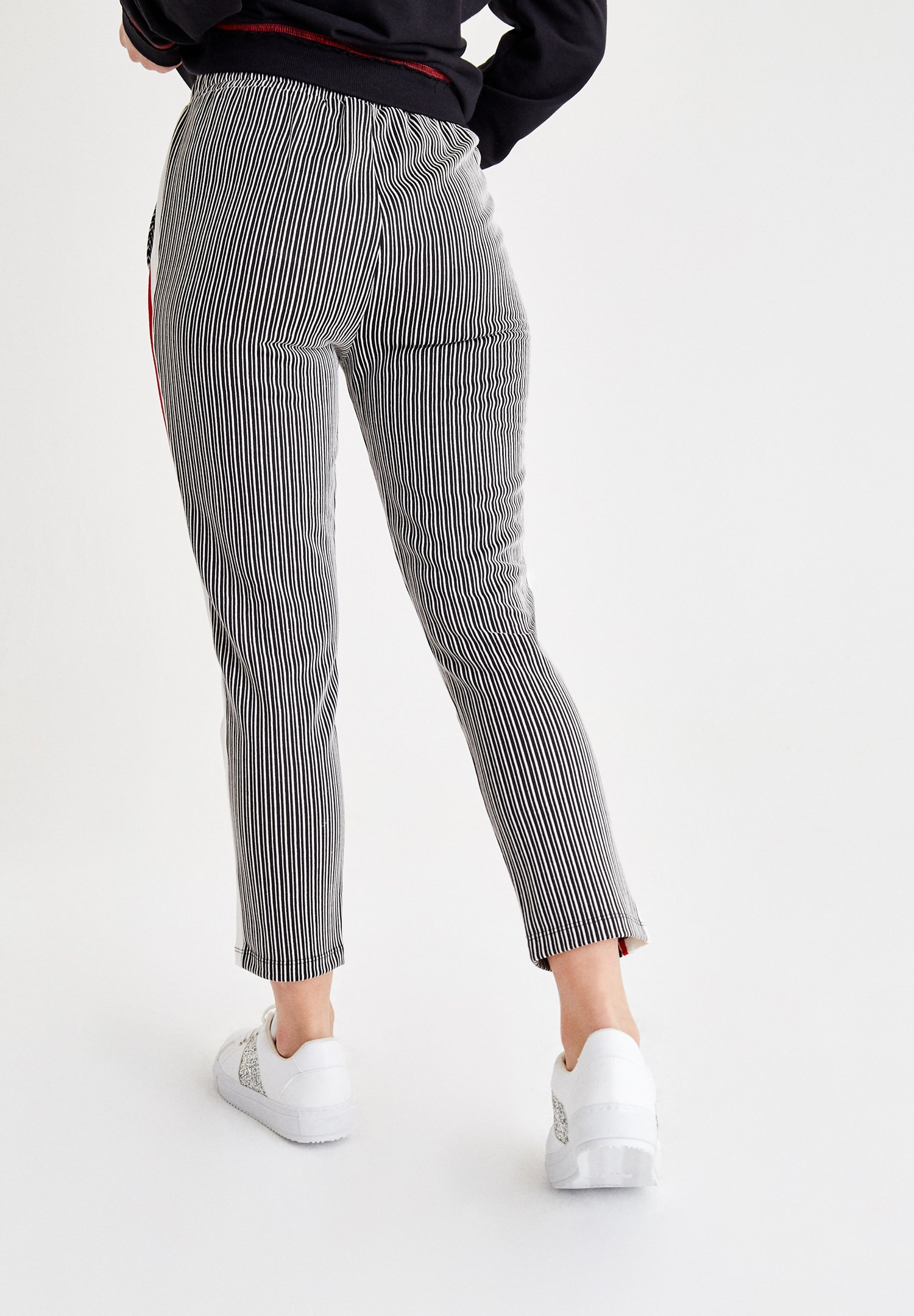 Women Mixed Stripe Jogger with Line Details